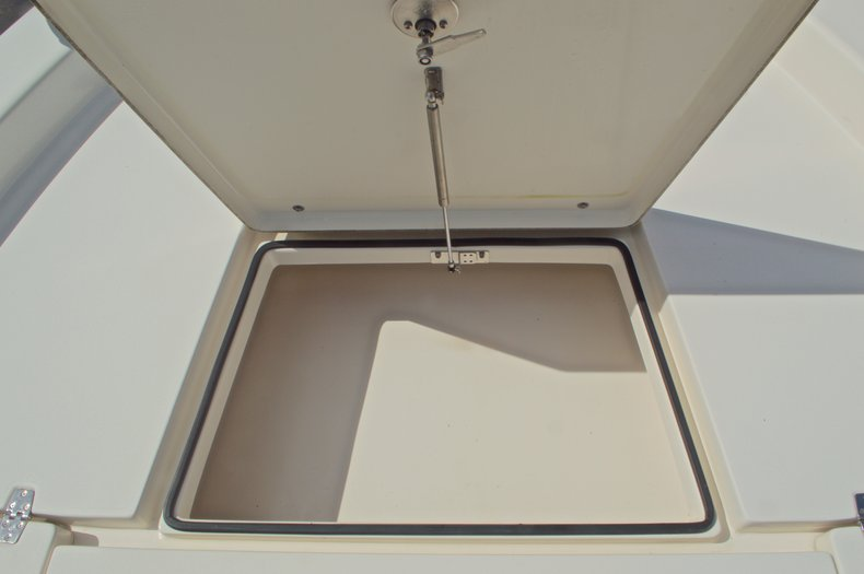 Thumbnail 69 for Used 2014 Pathfinder 2600 HPS Bay Boat boat for sale in West Palm Beach, FL