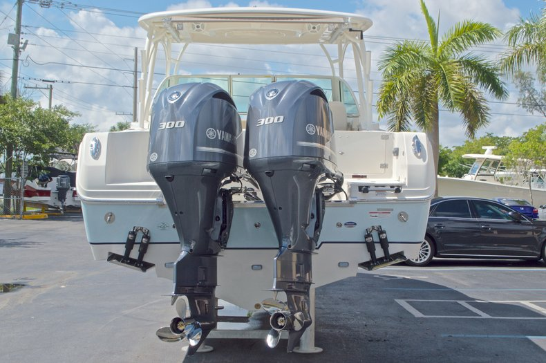 Thumbnail 5 for New 2017 Sailfish 325 Dual Console boat for sale in West Palm Beach, FL