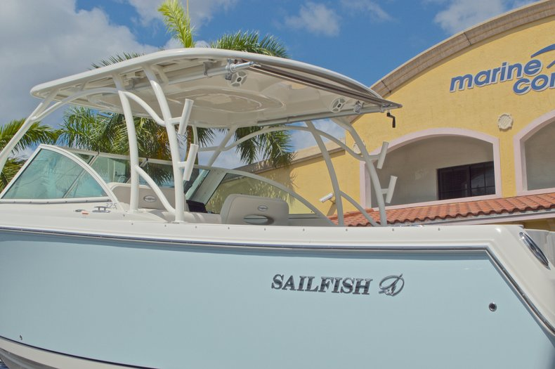 Thumbnail 2 for New 2017 Sailfish 325 Dual Console boat for sale in West Palm Beach, FL