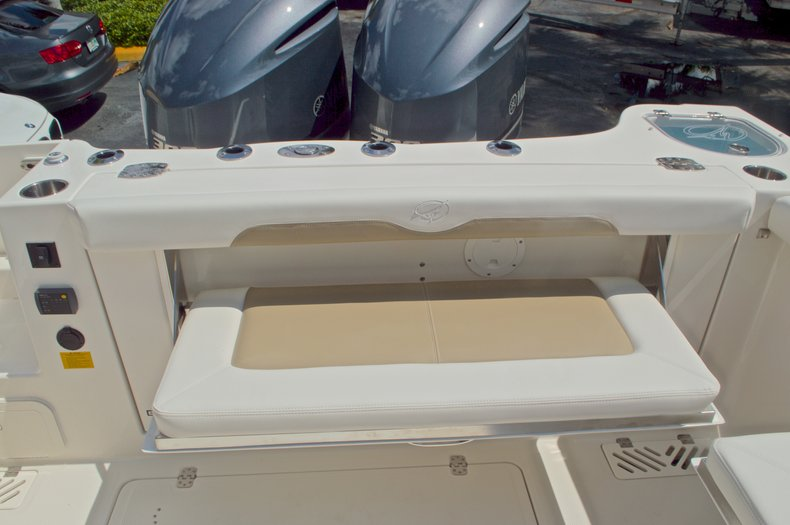 Thumbnail 15 for New 2017 Sailfish 325 Dual Console boat for sale in West Palm Beach, FL