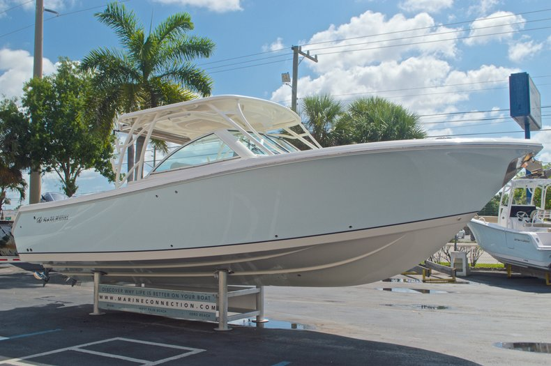 Thumbnail 8 for New 2017 Sailfish 325 Dual Console boat for sale in West Palm Beach, FL