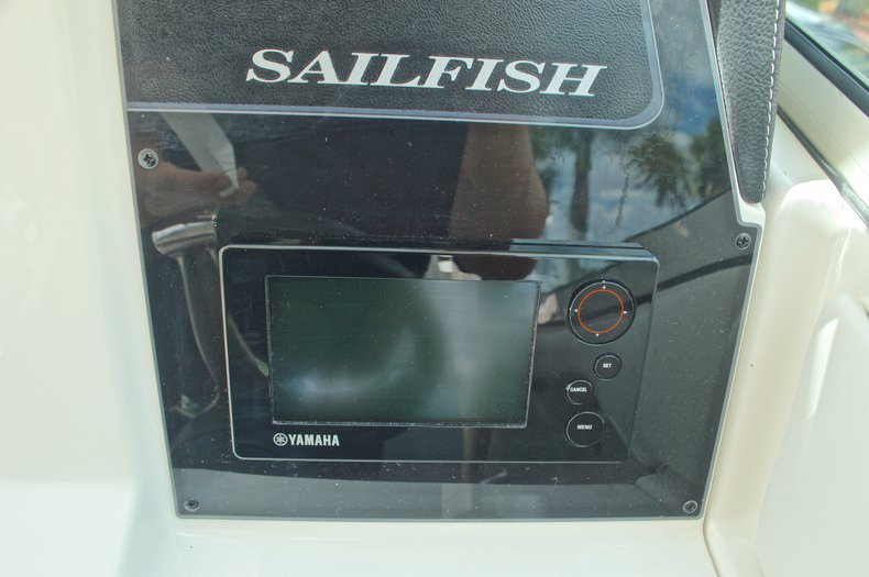 Thumbnail 56 for New 2017 Sailfish 325 Dual Console boat for sale in West Palm Beach, FL