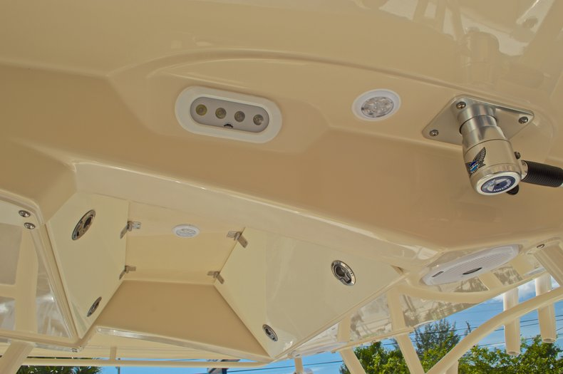 Thumbnail 37 for New 2016 Cobia 296 Center Console boat for sale in West Palm Beach, FL