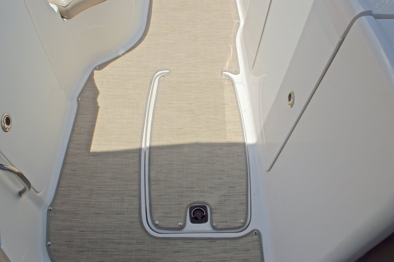Thumbnail 20 for Used 2014 Hurricane SunDeck Sport SS 220 OB boat for sale in West Palm Beach, FL