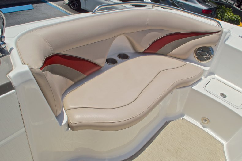 Thumbnail 36 for Used 2014 Hurricane SunDeck Sport SS 220 OB boat for sale in West Palm Beach, FL