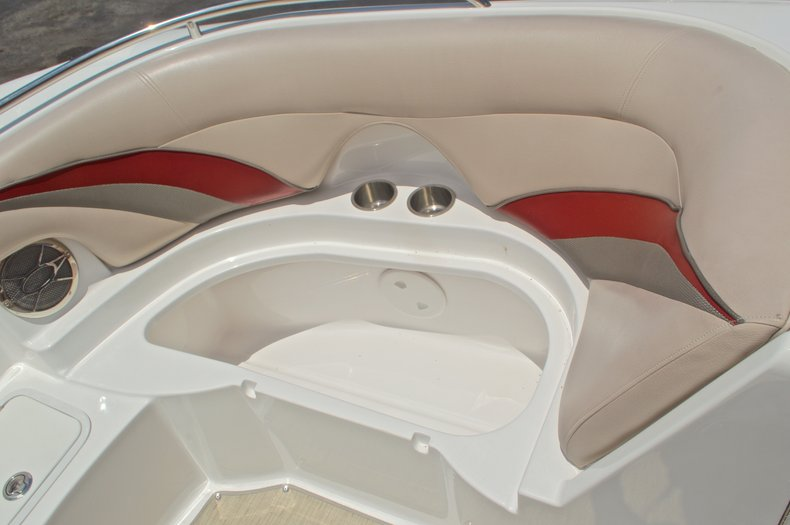 Thumbnail 39 for Used 2014 Hurricane SunDeck Sport SS 220 OB boat for sale in West Palm Beach, FL