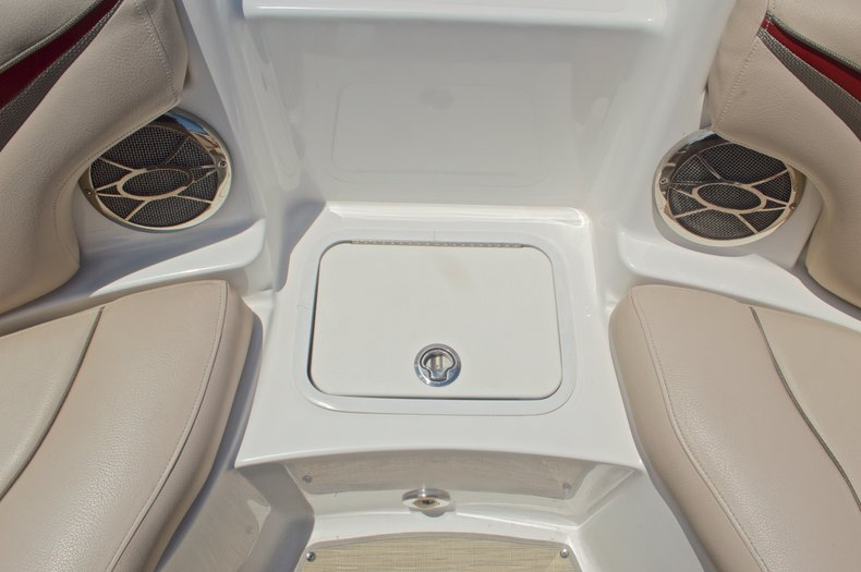 Thumbnail 40 for Used 2014 Hurricane SunDeck Sport SS 220 OB boat for sale in West Palm Beach, FL