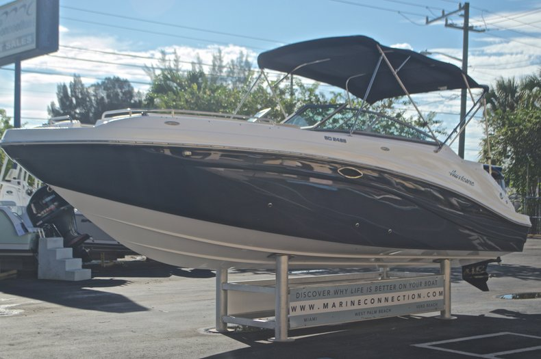 Thumbnail 3 for New 2016 Hurricane SunDeck SD 2486 OB boat for sale in West Palm Beach, FL
