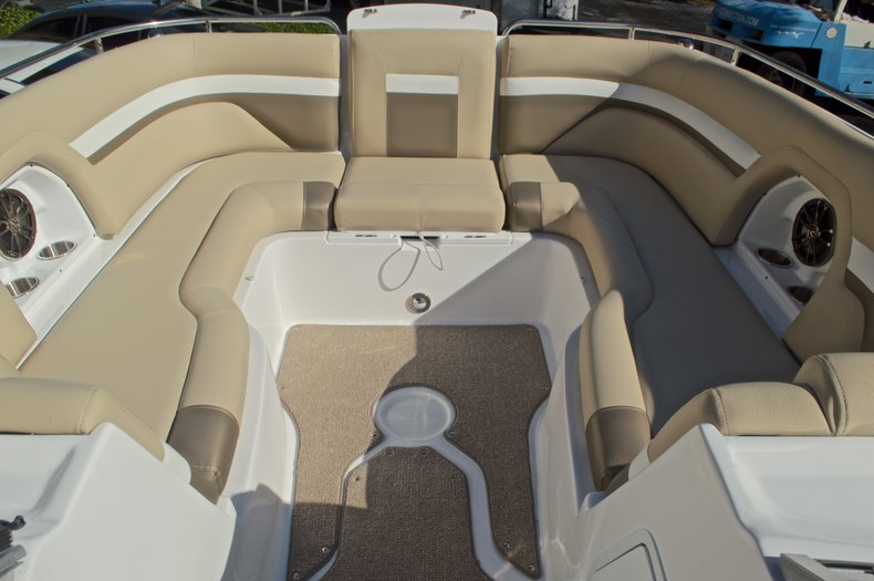 Thumbnail 59 for New 2016 Hurricane SunDeck SD 2486 OB boat for sale in West Palm Beach, FL