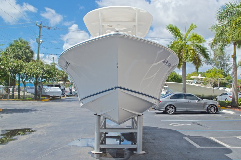 Thumbnail 2 for Used 2015 Sea Hunt 235 SE Center Console boat for sale in West Palm Beach, FL