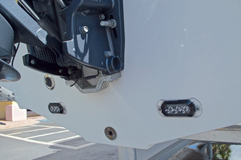 Thumbnail 11 for Used 2015 Sea Hunt 235 SE Center Console boat for sale in West Palm Beach, FL