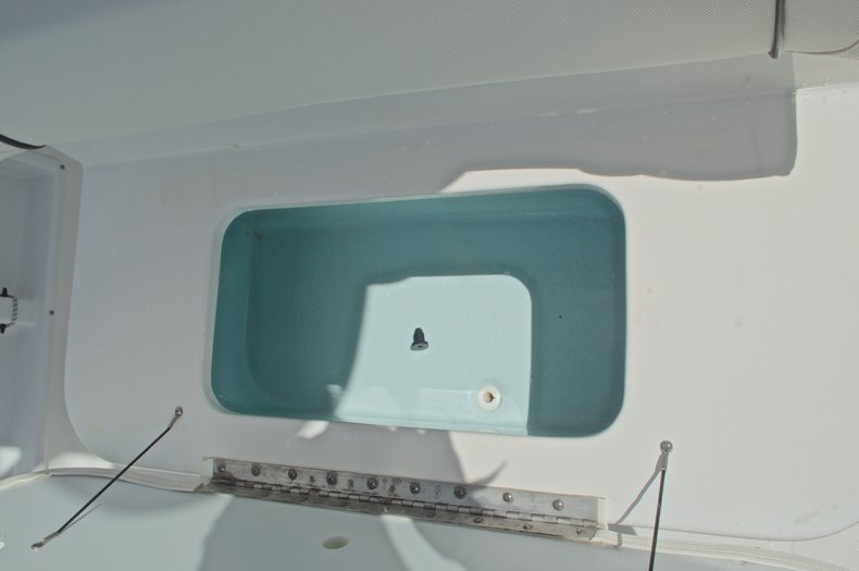 Thumbnail 26 for Used 2015 Sea Hunt 235 SE Center Console boat for sale in West Palm Beach, FL