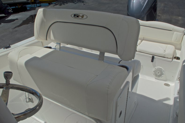 Thumbnail 31 for Used 2015 Sea Hunt 235 SE Center Console boat for sale in West Palm Beach, FL