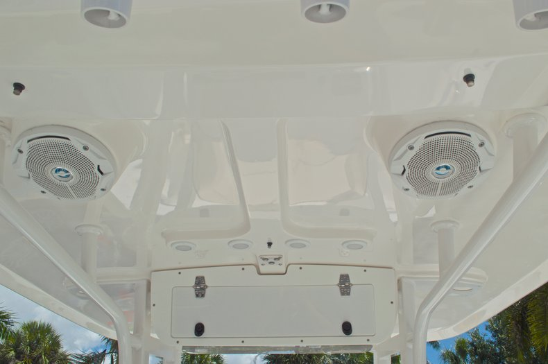 Thumbnail 34 for Used 2015 Sea Hunt 235 SE Center Console boat for sale in West Palm Beach, FL