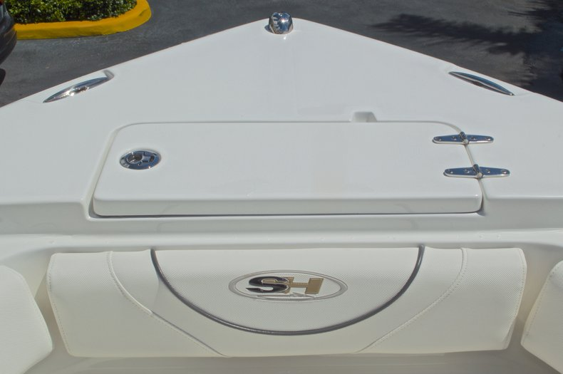 Thumbnail 57 for Used 2015 Sea Hunt 235 SE Center Console boat for sale in West Palm Beach, FL