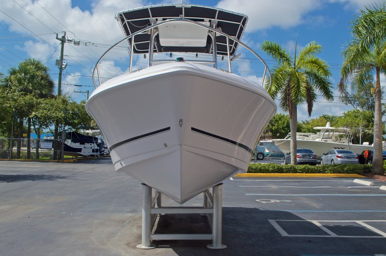 Thumbnail 2 for Used 2002 Pro-Line 22 Sport boat for sale in West Palm Beach, FL