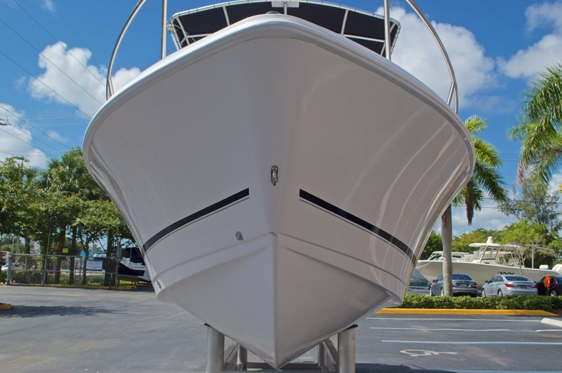 Thumbnail 3 for Used 2002 Pro-Line 22 Sport boat for sale in West Palm Beach, FL