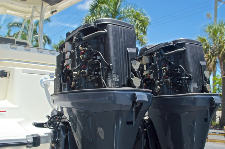 Thumbnail 13 for Used 2008 Hydra-Sports 2500 Vector Center Console boat for sale in West Palm Beach, FL