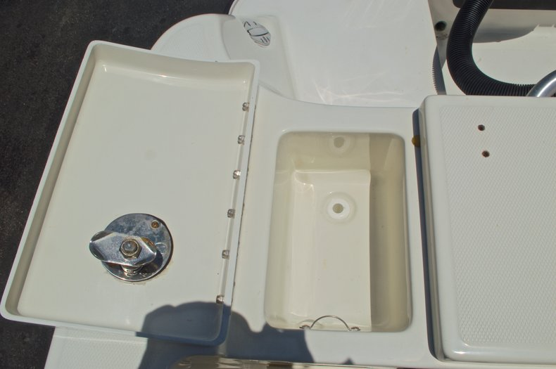 Thumbnail 21 for Used 2008 Hydra-Sports 2500 Vector Center Console boat for sale in West Palm Beach, FL