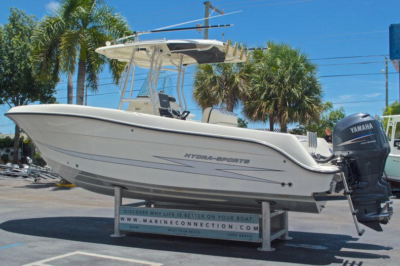 Thumbnail 6 for Used 2008 Hydra-Sports 2500 Vector Center Console boat for sale in West Palm Beach, FL