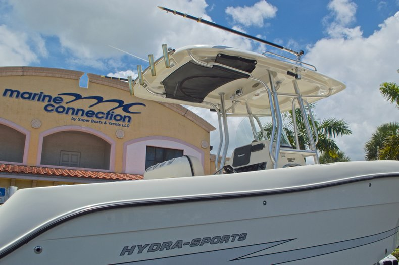 Thumbnail 9 for Used 2008 Hydra-Sports 2500 Vector Center Console boat for sale in West Palm Beach, FL