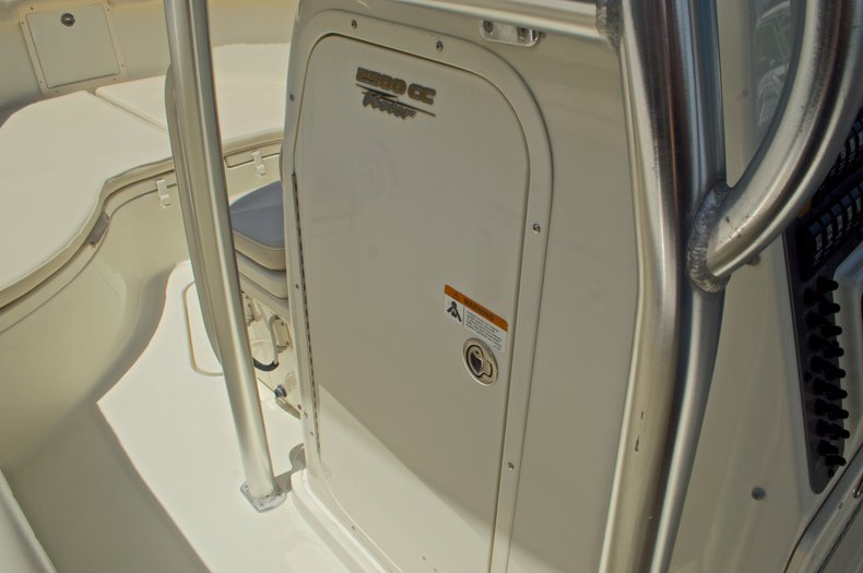 Thumbnail 53 for Used 2008 Hydra-Sports 2500 Vector Center Console boat for sale in West Palm Beach, FL