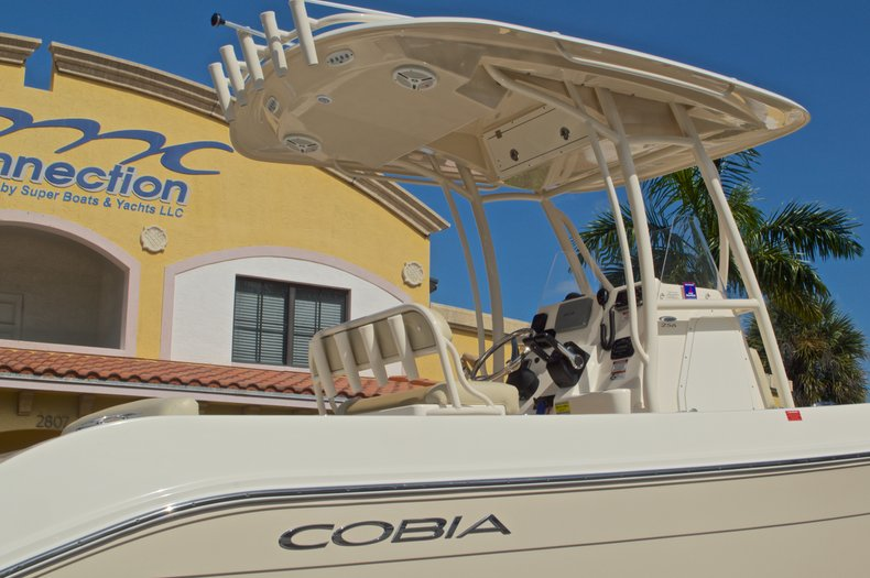 Thumbnail 11 for Used 2014 Cobia 256 Center Console boat for sale in West Palm Beach, FL