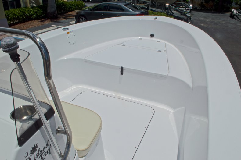 Thumbnail 24 for New 2017 Sportsman 19 Island Reef boat for sale in West Palm Beach, FL