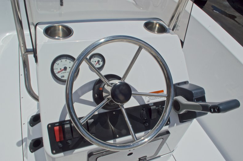 Thumbnail 23 for New 2017 Sportsman 19 Island Reef boat for sale in West Palm Beach, FL