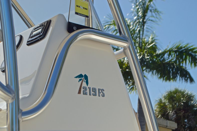 Thumbnail 14 for Used 2014 Key West 219 FS Center Console boat for sale in West Palm Beach, FL