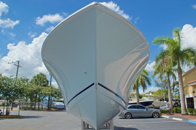 Thumbnail 3 for New 2017 Sailfish 290 CC Center Console boat for sale in West Palm Beach, FL