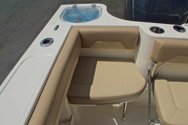 Thumbnail 13 for New 2017 Sailfish 290 CC Center Console boat for sale in West Palm Beach, FL