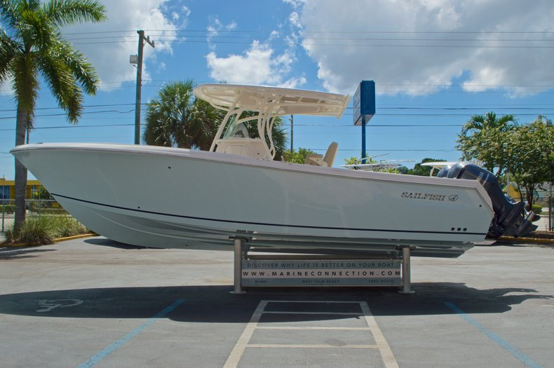 Thumbnail 5 for New 2017 Sailfish 290 CC Center Console boat for sale in West Palm Beach, FL