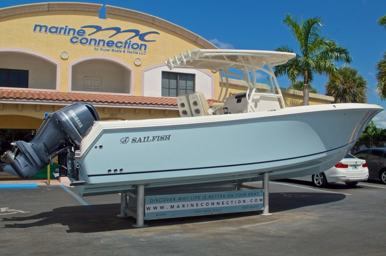 Thumbnail 8 for New 2017 Sailfish 290 CC Center Console boat for sale in West Palm Beach, FL