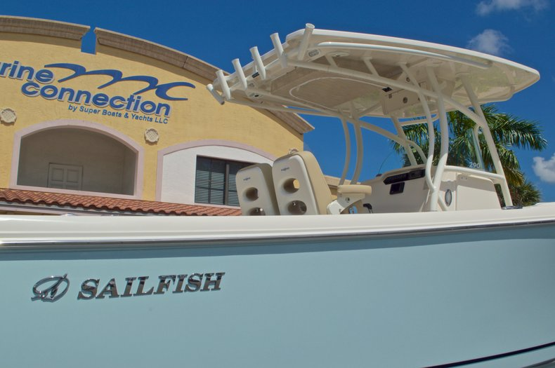 Thumbnail 9 for New 2017 Sailfish 290 CC Center Console boat for sale in West Palm Beach, FL