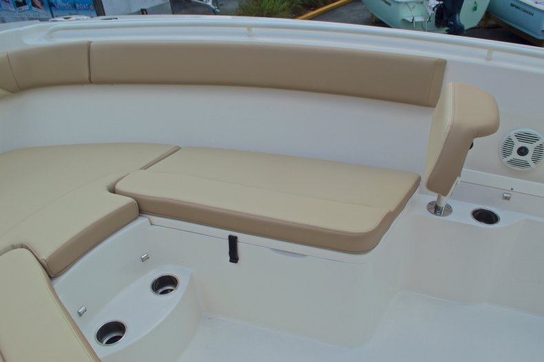 Thumbnail 52 for New 2017 Sailfish 290 CC Center Console boat for sale in West Palm Beach, FL