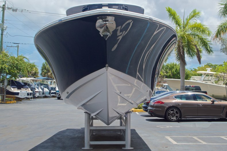 Thumbnail 2 for New 2017 Sportsman Open 312 Center Console boat for sale in West Palm Beach, FL