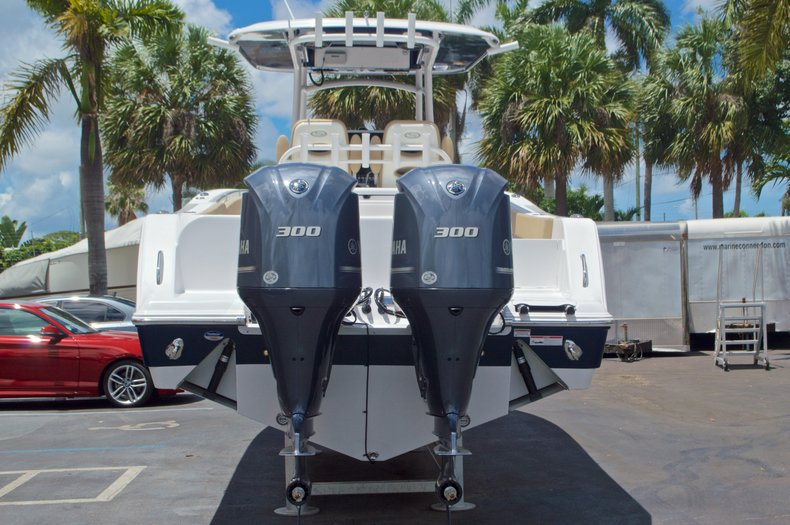 Thumbnail 6 for New 2017 Sportsman Open 312 Center Console boat for sale in West Palm Beach, FL
