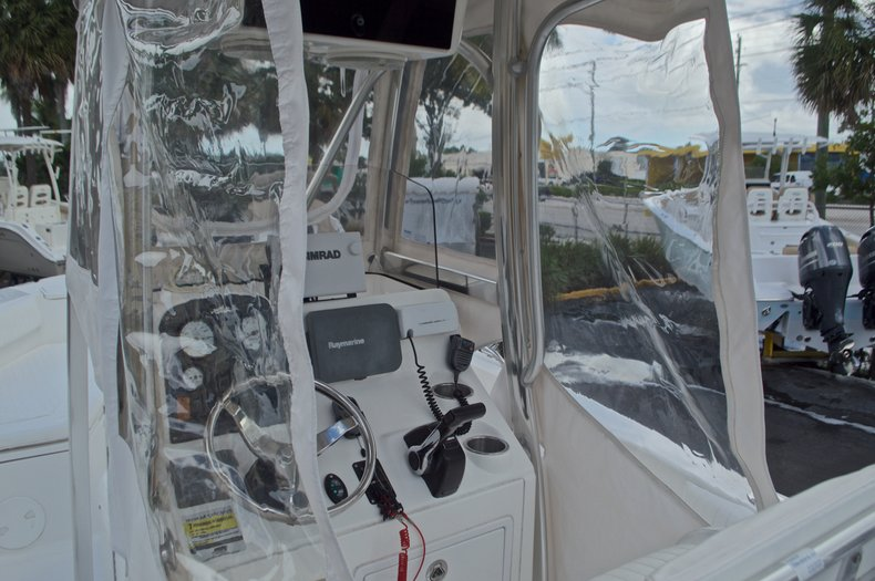 Thumbnail 29 for Used 2009 Sea Hunt 207 Triton boat for sale in West Palm Beach, FL