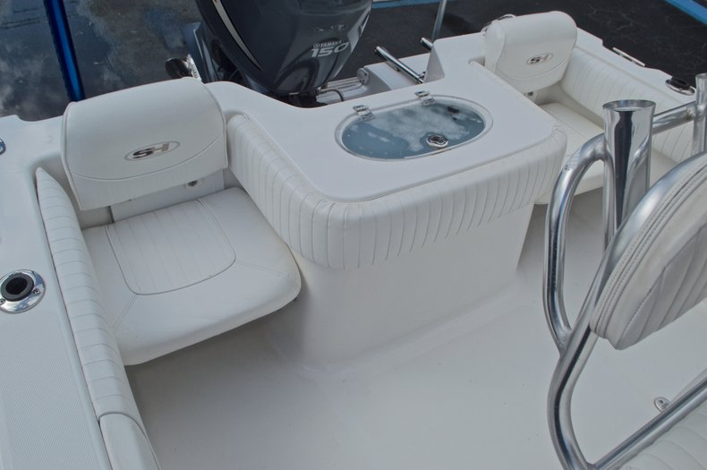 Thumbnail 17 for Used 2009 Sea Hunt 207 Triton boat for sale in West Palm Beach, FL