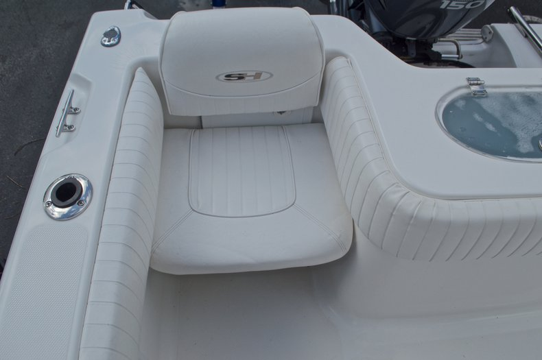 Thumbnail 19 for Used 2009 Sea Hunt 207 Triton boat for sale in West Palm Beach, FL