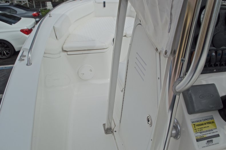 Thumbnail 46 for Used 2009 Sea Hunt 207 Triton boat for sale in West Palm Beach, FL