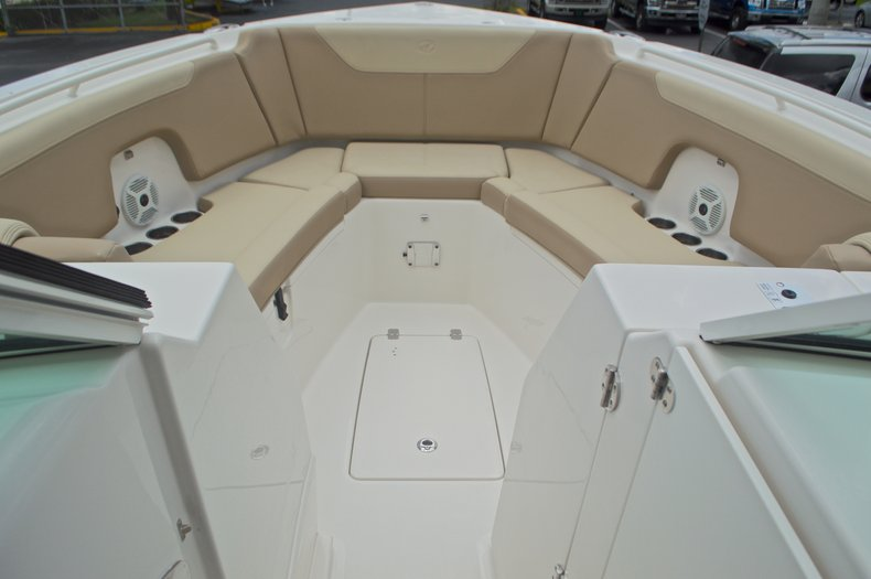 Thumbnail 49 for New 2017 Sailfish 325 Dual Console boat for sale in West Palm Beach, FL