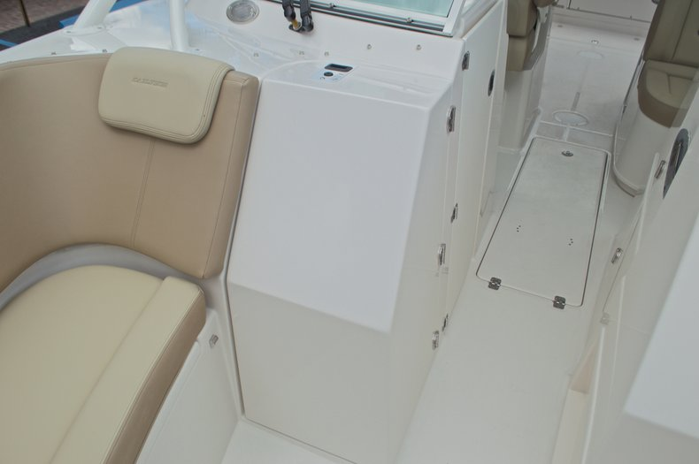 Thumbnail 50 for New 2017 Sailfish 325 Dual Console boat for sale in West Palm Beach, FL