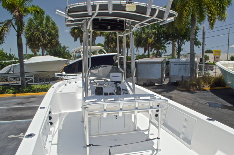 Thumbnail 15 for Used 2005 Sea Chaser 245 Bay Runner LX boat for sale in West Palm Beach, FL