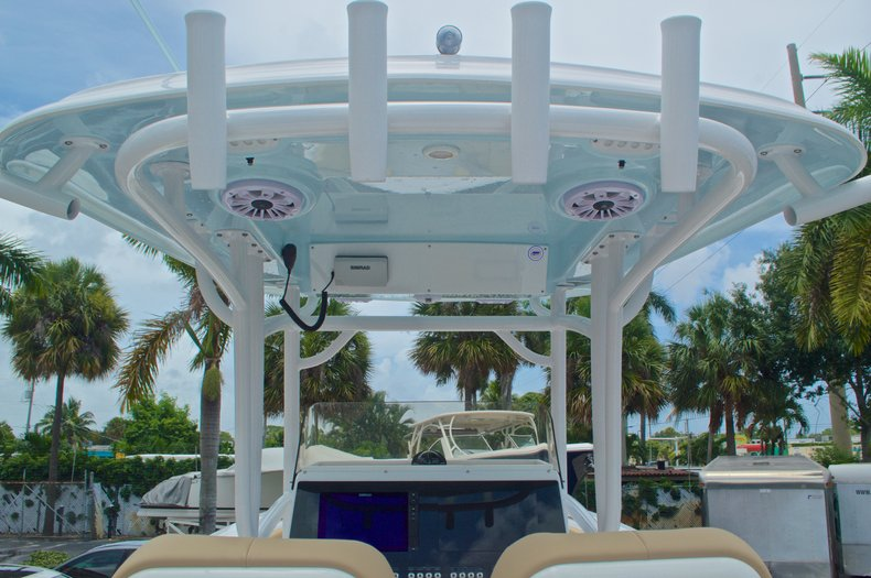 Thumbnail 38 for New 2017 Sportsman Open 282 Center Console boat for sale in West Palm Beach, FL