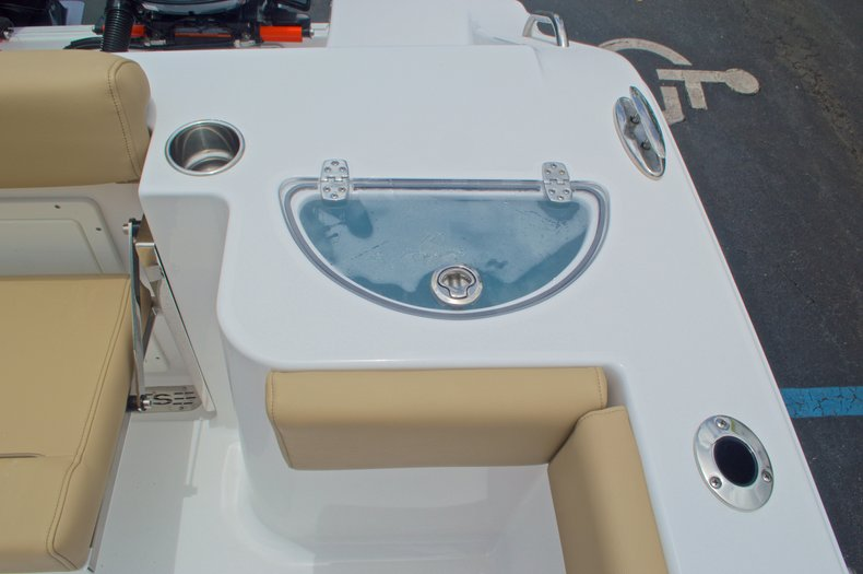Thumbnail 21 for New 2017 Sportsman Open 282 Center Console boat for sale in West Palm Beach, FL