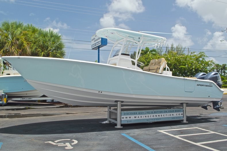 Thumbnail 4 for New 2017 Sportsman Open 282 Center Console boat for sale in West Palm Beach, FL