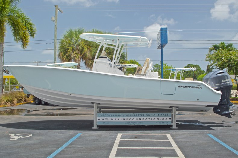 Thumbnail 5 for New 2017 Sportsman Open 282 Center Console boat for sale in West Palm Beach, FL