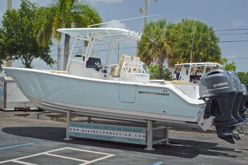 Thumbnail 6 for New 2017 Sportsman Open 282 Center Console boat for sale in West Palm Beach, FL